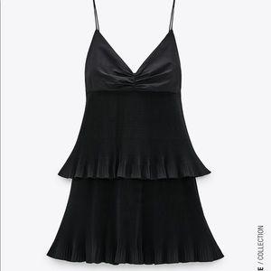 🔥SALE🔥 ZARA PLEATED DRESS